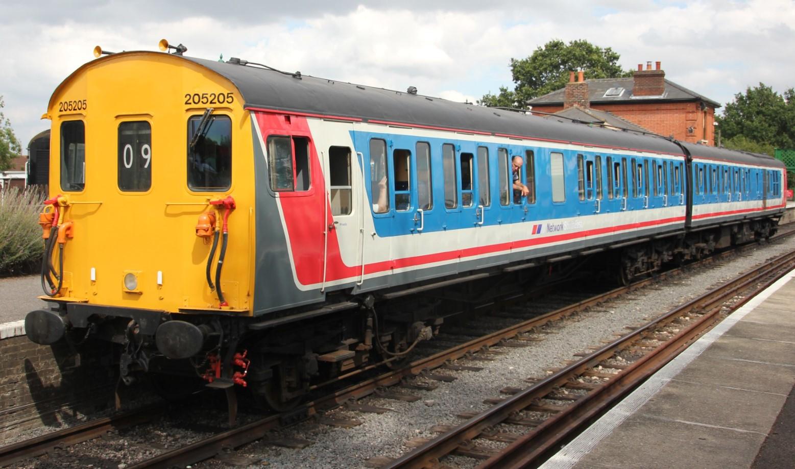 205205 on the Mid Hants Railway in August 2014. ©Matthew Black