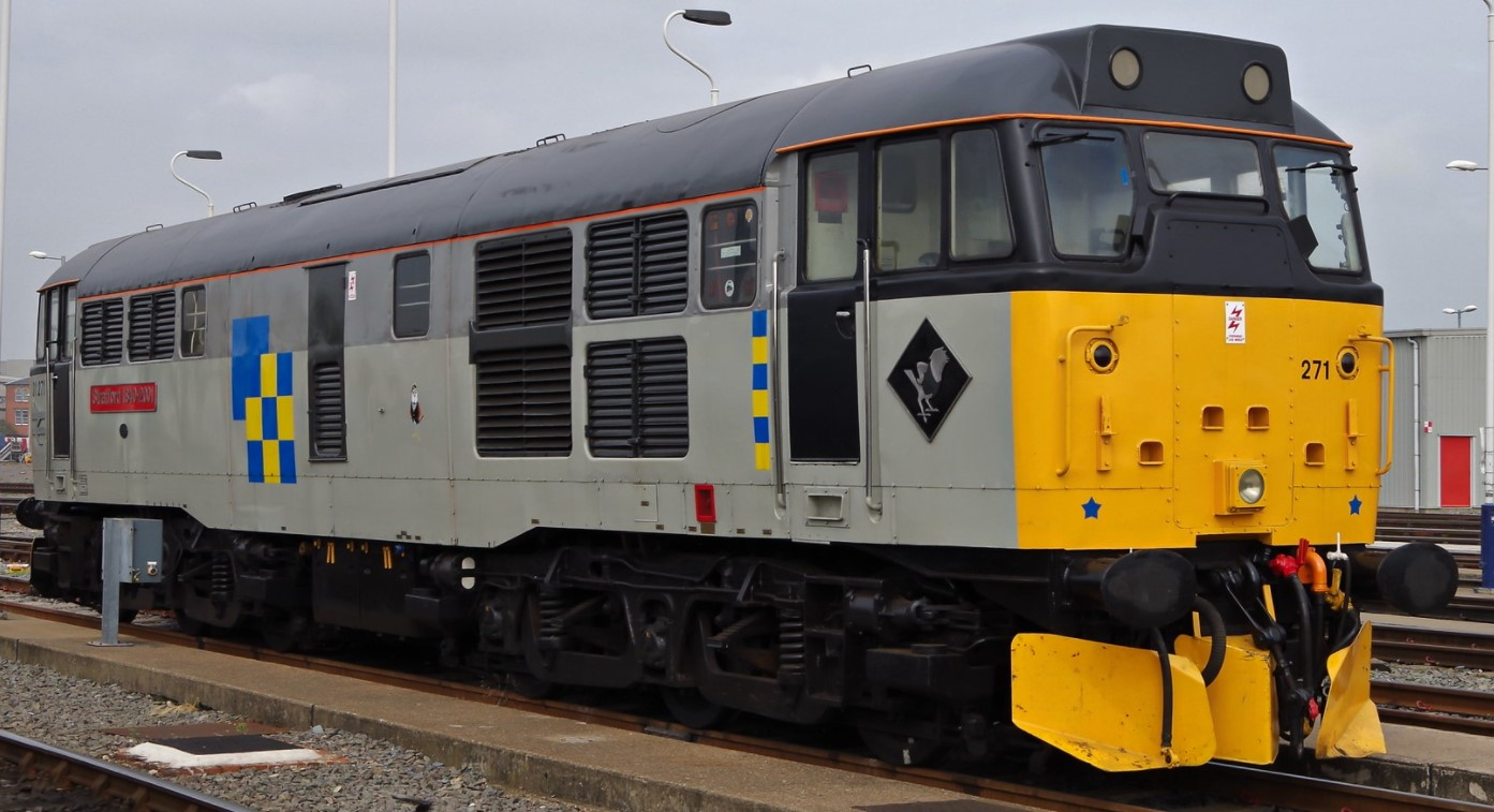 31271 at Derby Etches Park Depot in September 2014. ©Clagmaster
