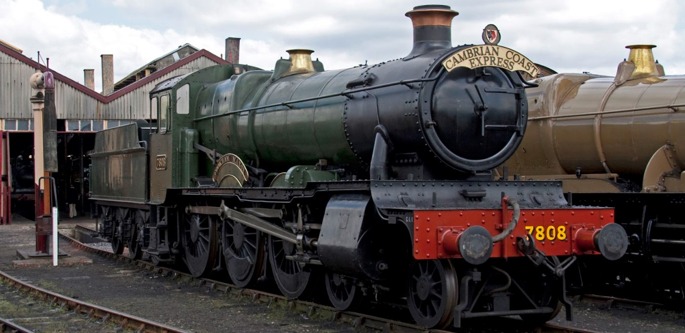 7808 'Cookham Manor' at Didcot in May 2010. ©Tony Hisgett