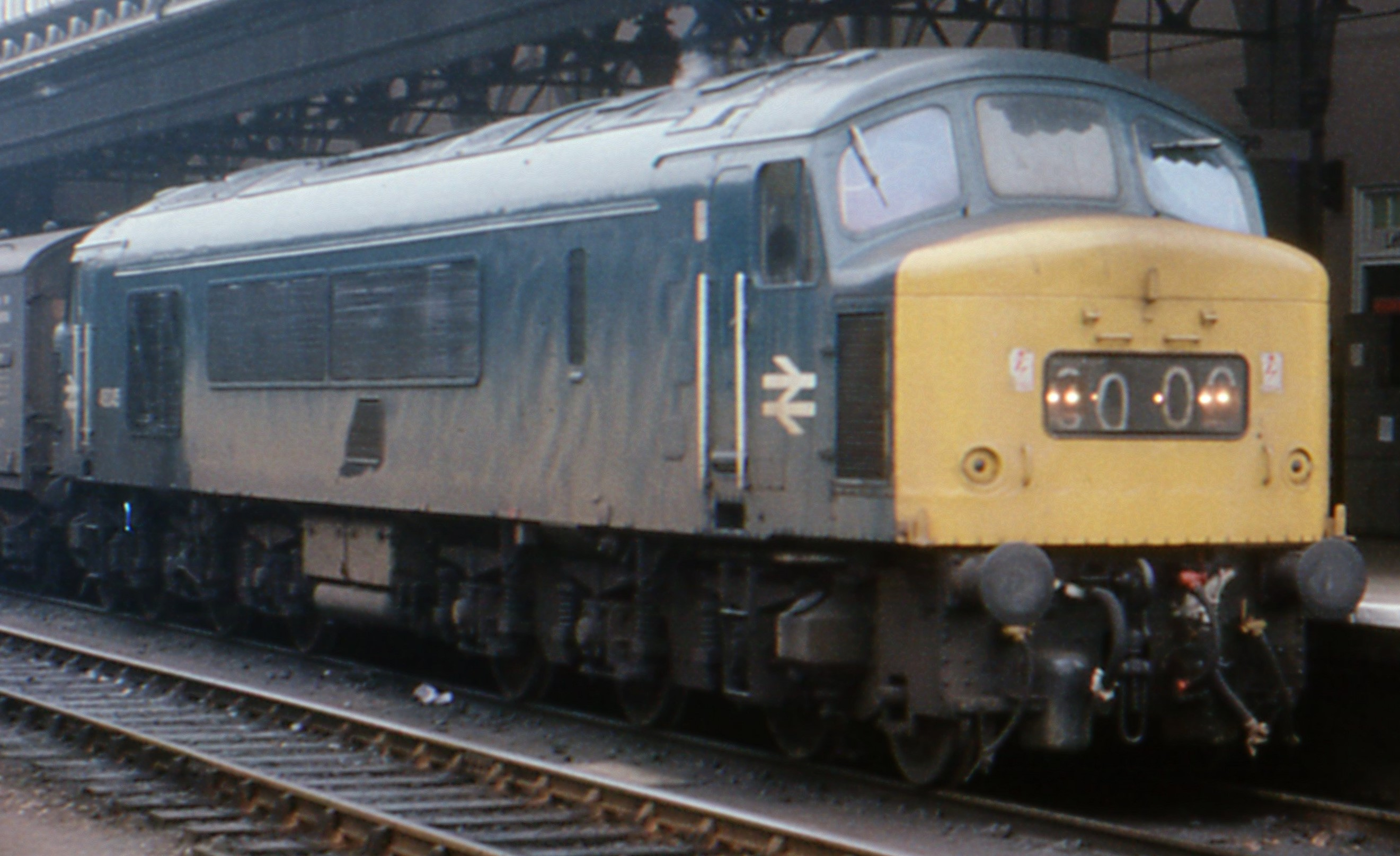 46045 at Exeter St Davids in January 1976. ©Barry Lewis