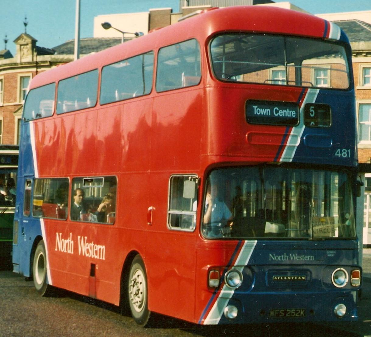 WFS 252K in Blackburn in 1988. ©Eddie Leslie