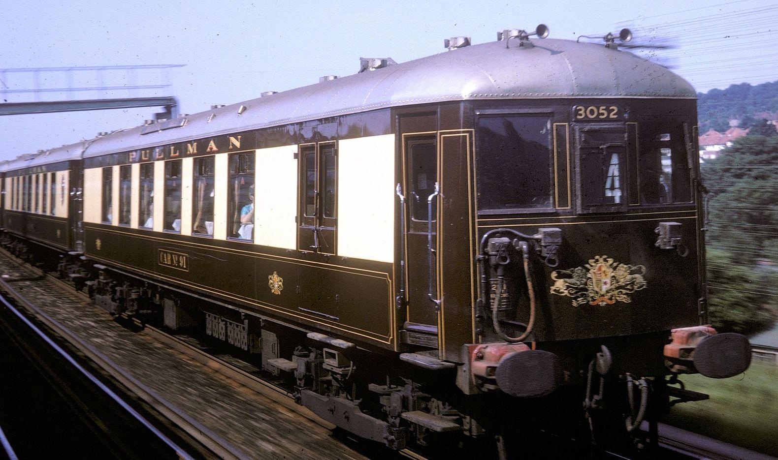 Brighton Belle No. 3052 at Purley Oaks in June 1964. © Tony Hagon
