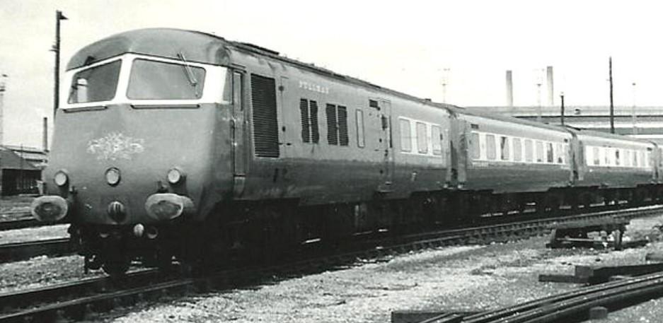 W60097 leading with W60647, W60737, W60747, W60744, W60736, W60646 & W60096 trailer vehicles at Old Oak Common depot in July 1967. ©Hugh Llewelyn