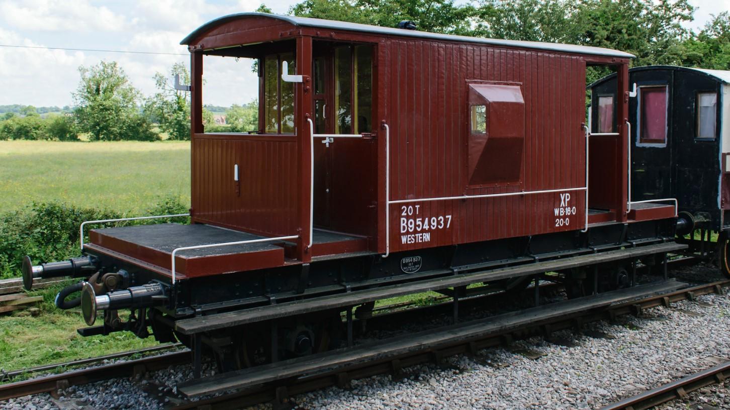 954937 at the Swindon & Cricklade Railway in June 2018. ©Dan Adkins