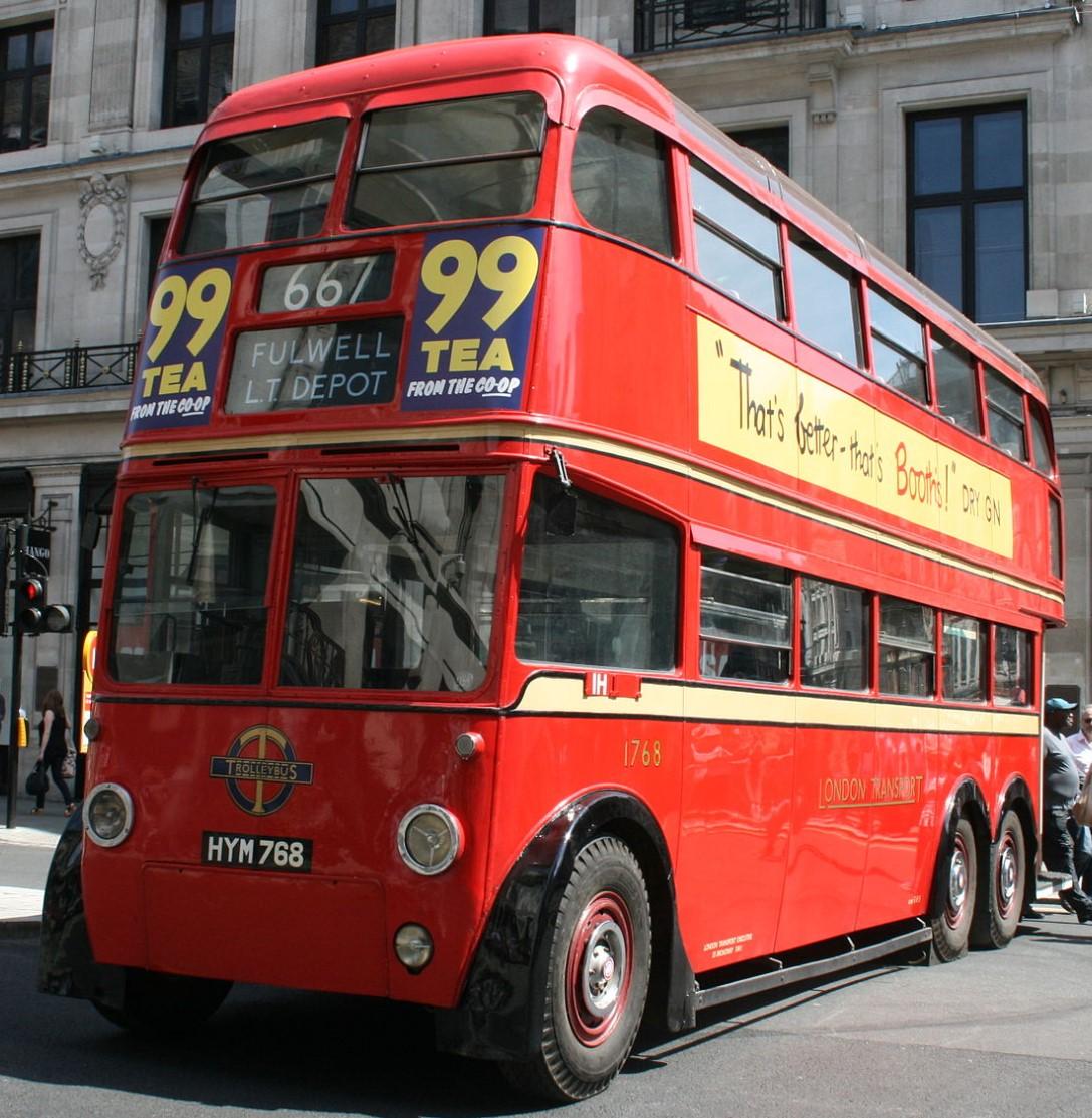 HYM 768 in London in June 2014. ©Au Morandarte