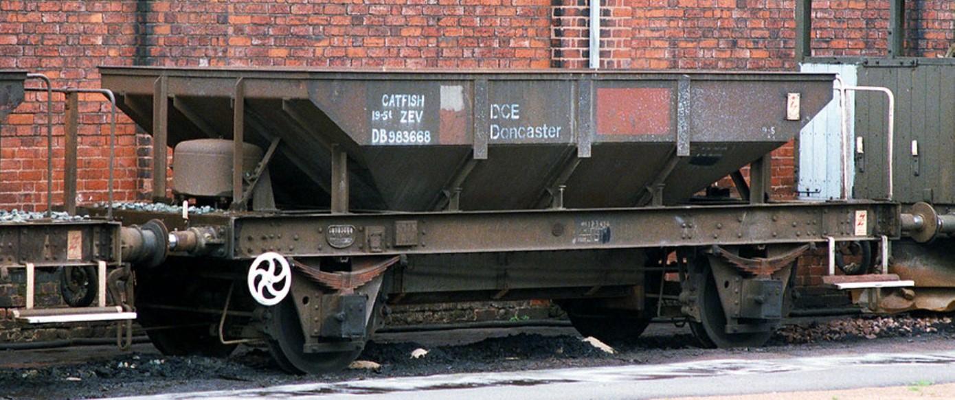 ZEV DB983668 at Duddeston in May 1985. ©Steve Jones