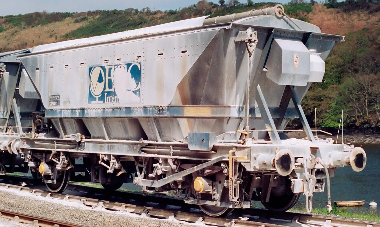 375011 at Fowey Docks in April 1990. ©Adrian Nicholls
