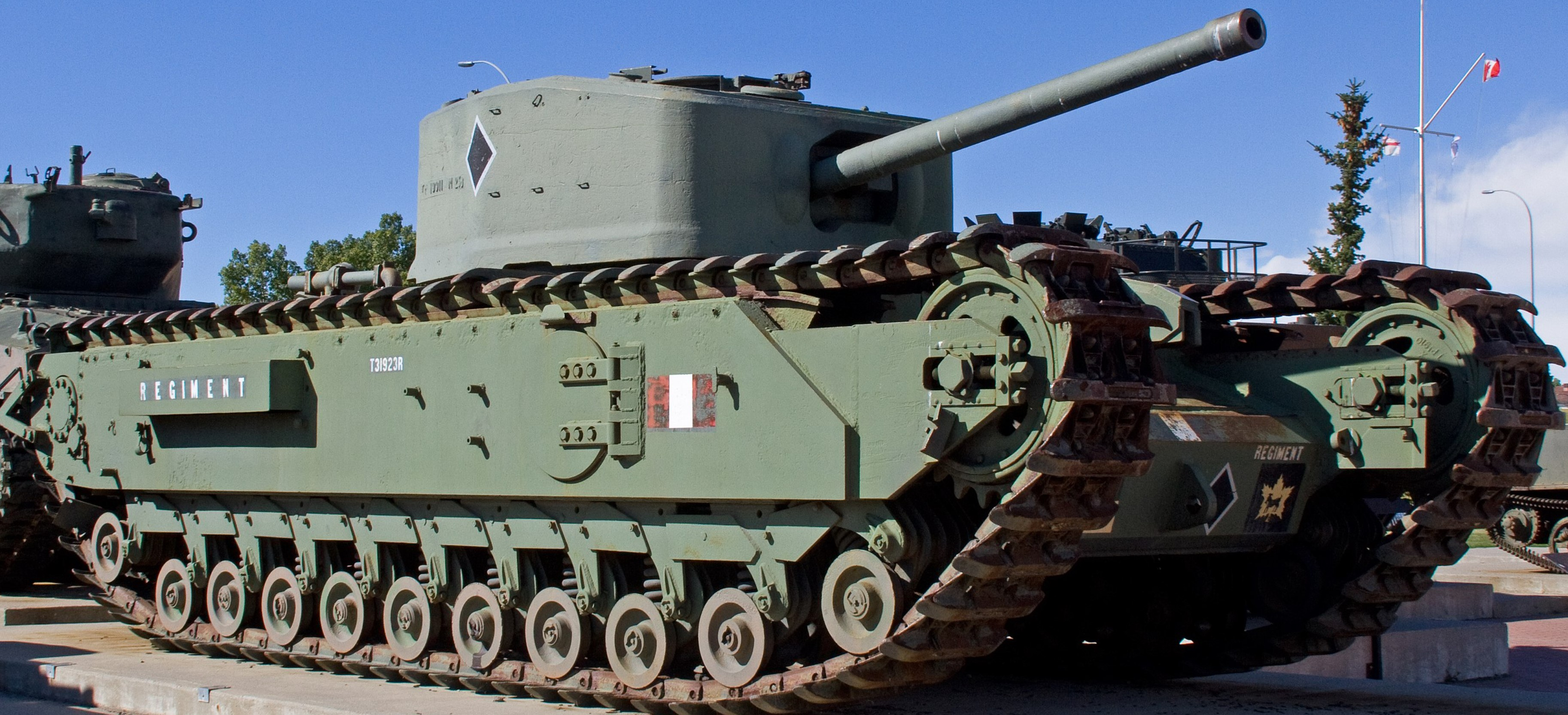 T31923R in Calgary, Canada in September 2012. ©Tony Hisgett
