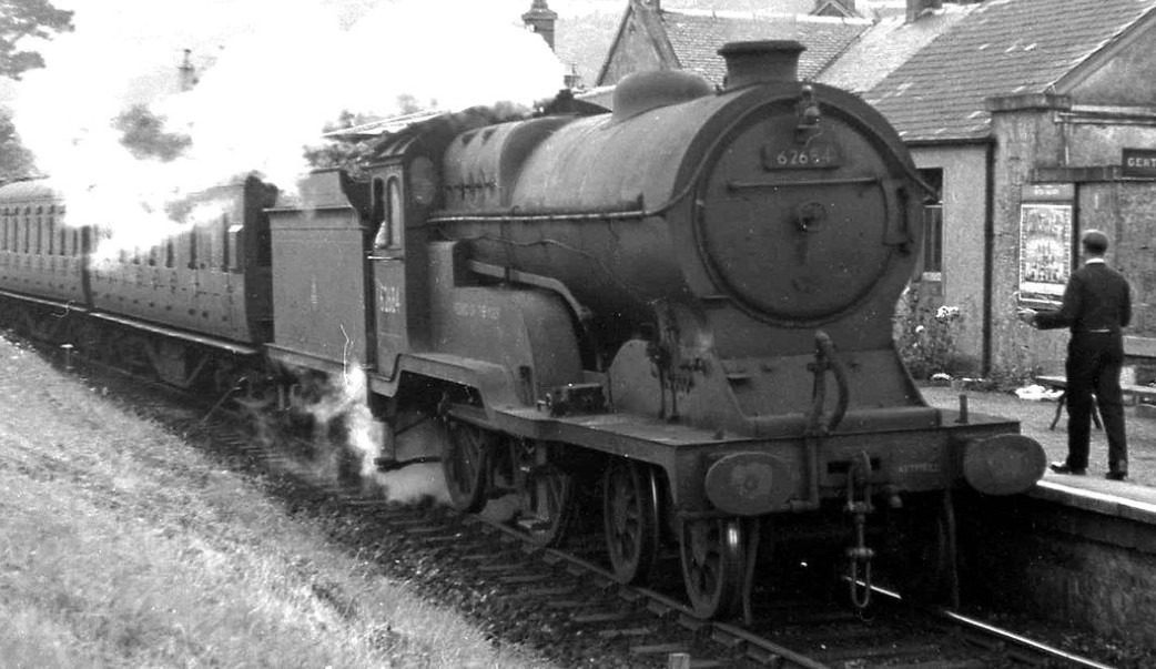 62684 'Wizard of the Moor' at Dollar station in August 1957. ©Stuart Sellar