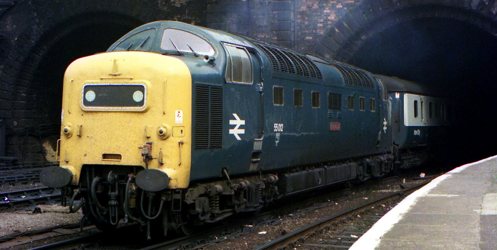 """55012 """"Crepello"""" near Kings Cross Station. ©Barry Lewis"""