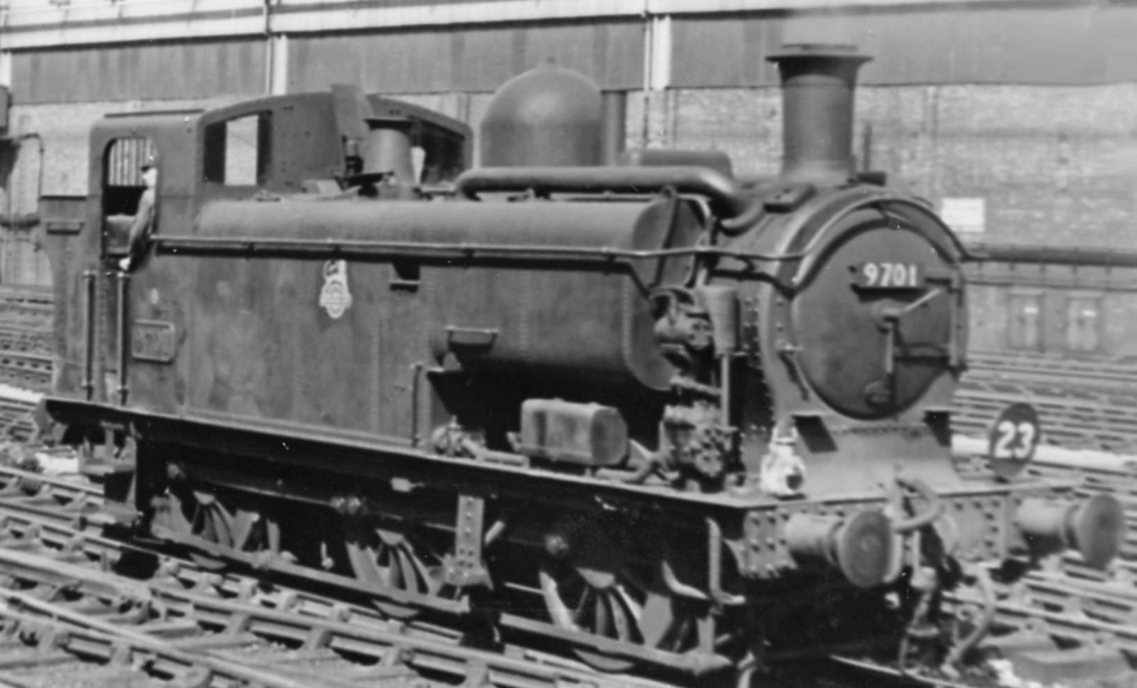 9701 at London Paddington in August 1956. ©Ben Brooksbank