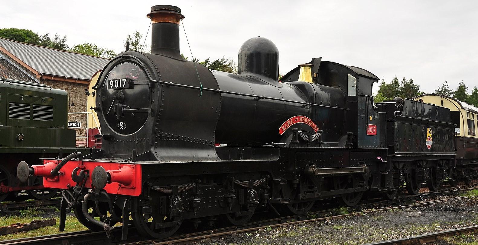 9017 'Earl of Berkeley' at Buckfastleigh on the South Devon Railway in May 2011. ©Nilfanion