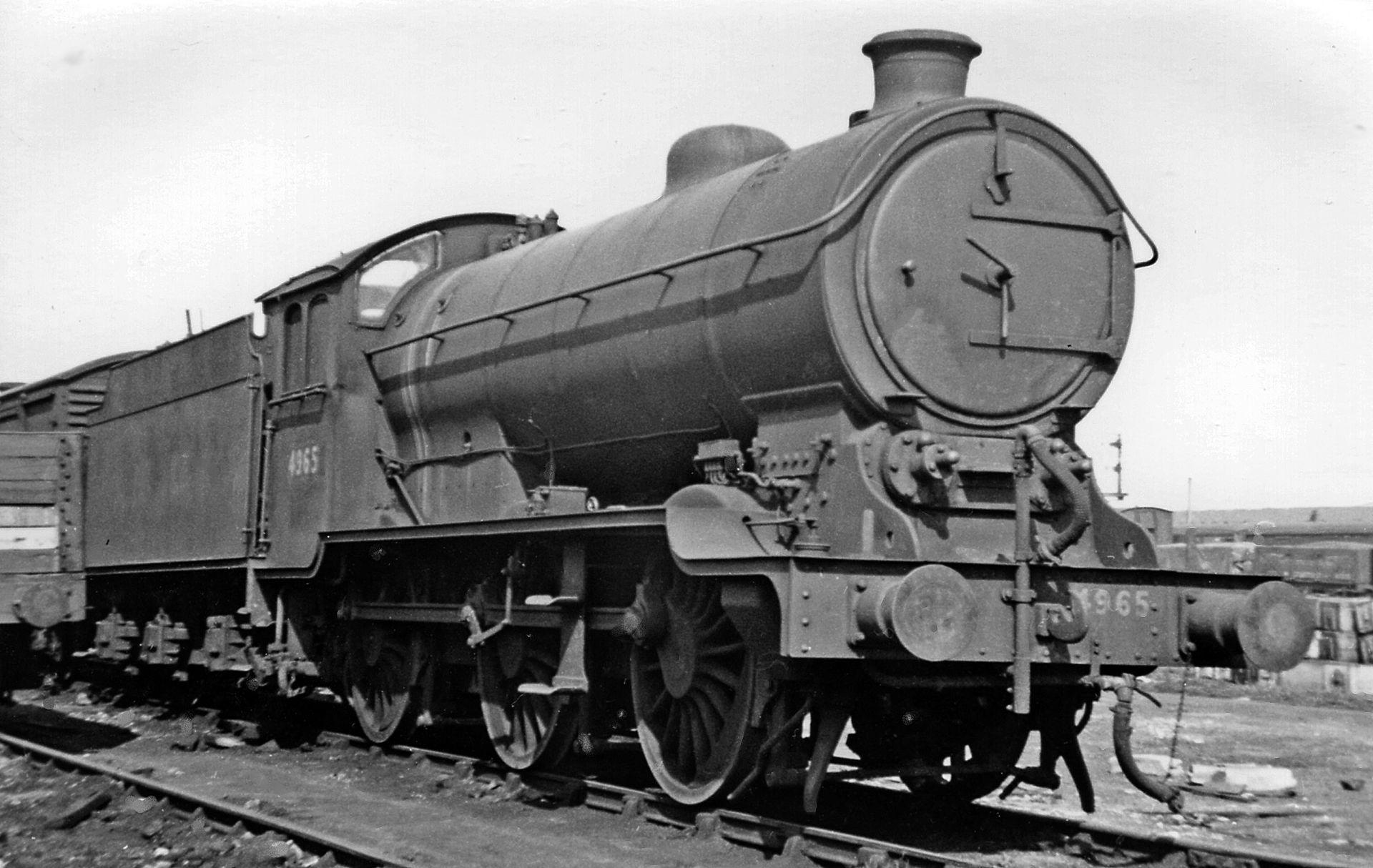 4965 at Grantham Shed in April 1947. ©Ben Brooksbank