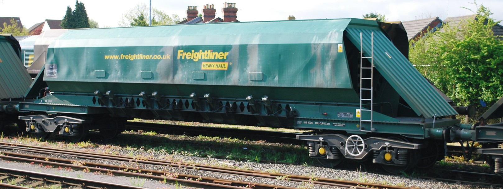 FLHH 17324 at Stoke Gifford Yard in May 2010. ©Hugh Llewelyn