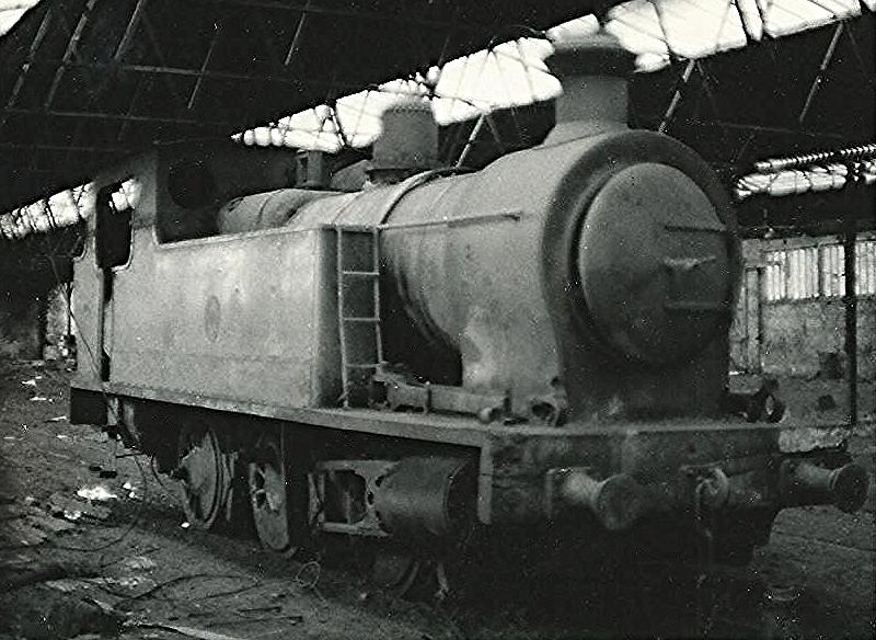 3066 at Aberaman Colliery in 1969. ©Hugh Llewelyn