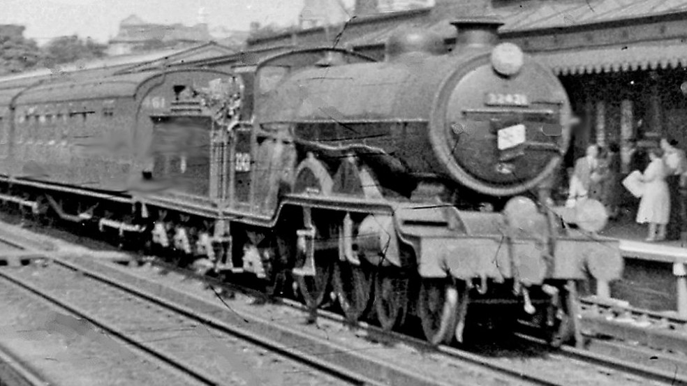 32421 'South Foreland' at Redhill in August 1955. ©Ben Brooksbank