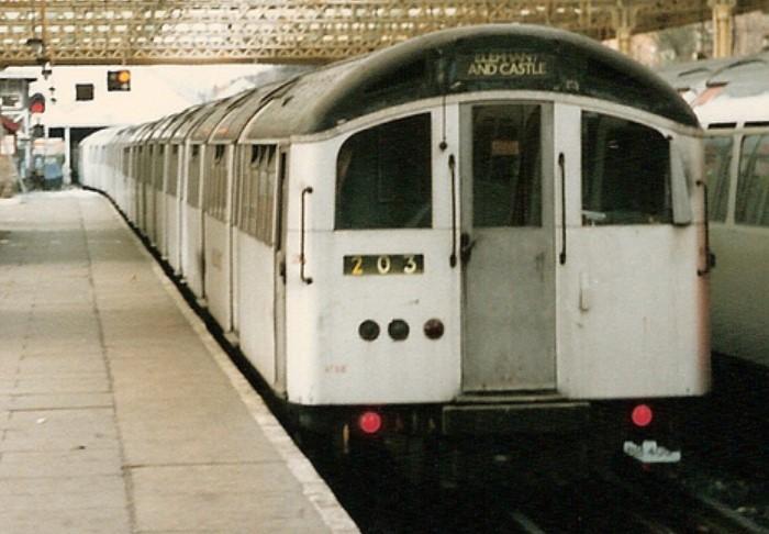 '59 stock unit at Queens Park in December 1986. ©MichaelDay_Bath