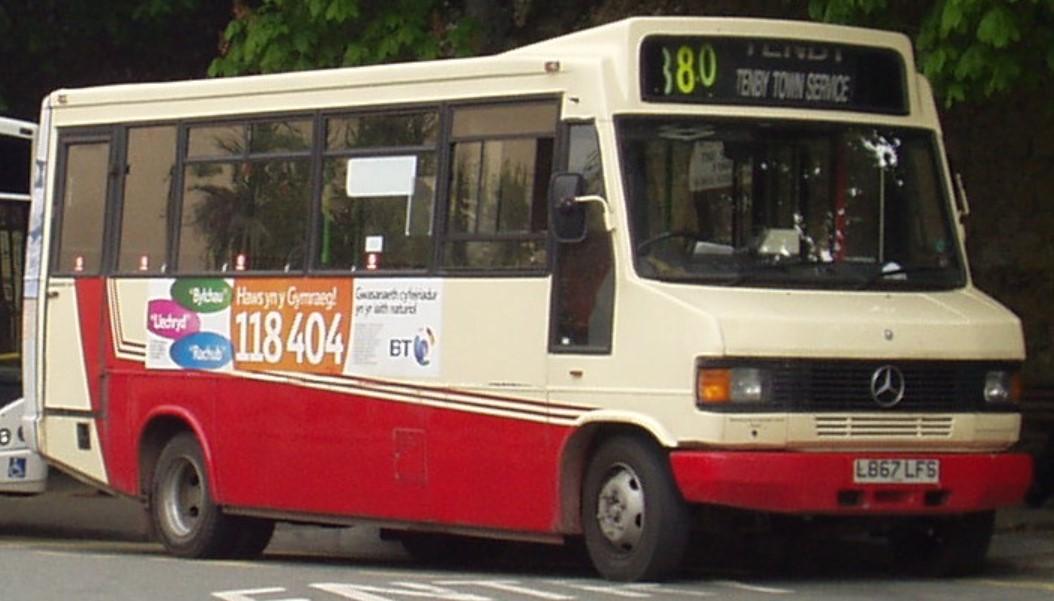 L867 LFS at Tenby, Wales in May 2005. ©Public Domain