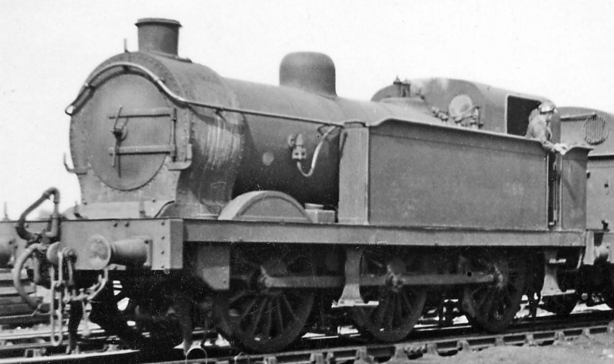 1069 at Ashford Locomotive Depot in July 1946. © Ben Brooksbank