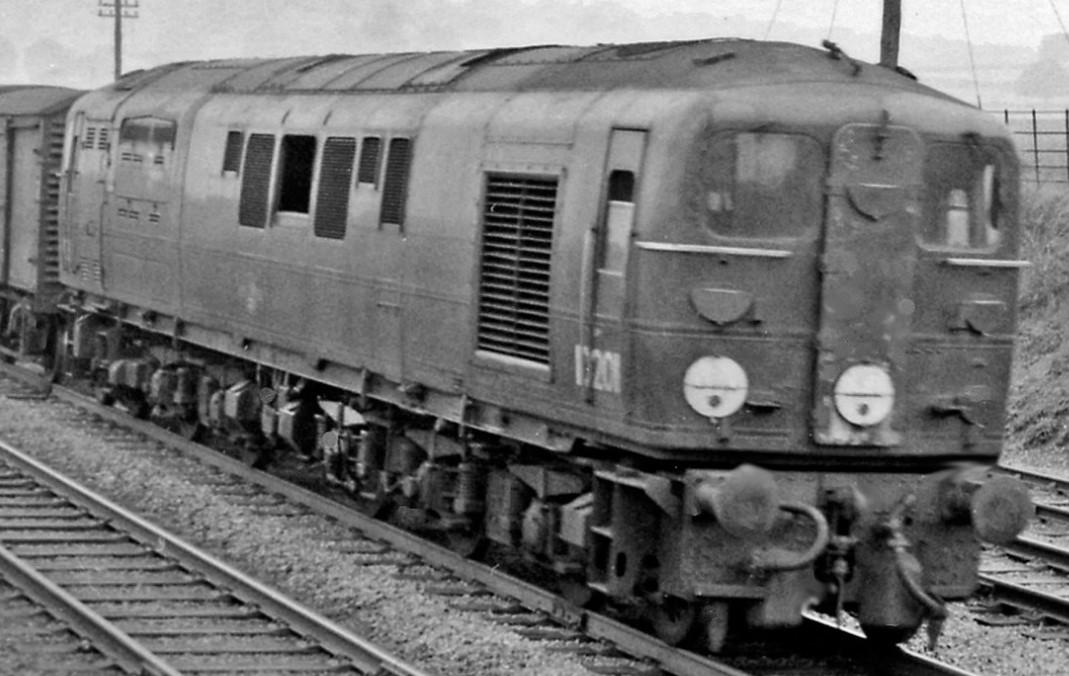 10201 near Tring in August 1959. ©Ben Brooksbank