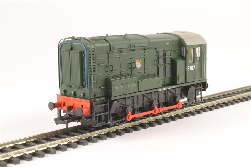 Bachmann 32-122 Class 08 08834 BR RailFreight Distribution 8DCC NEW