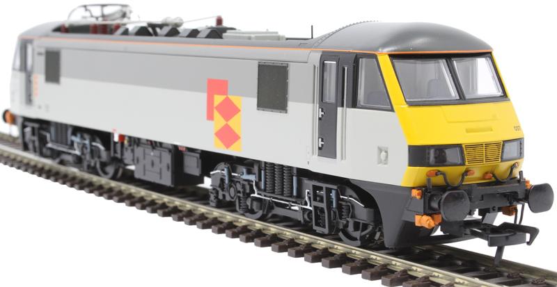 32-611 Bachmann OO Gauge Class 90 90037 BR Railfreight Distribution Sector