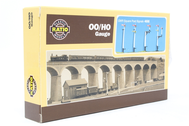 Ratio 466 OO Gauge GWR Square Post Signals Kit