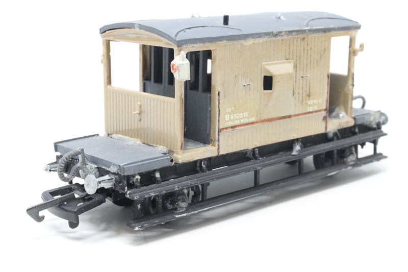 Another Superb Wagon Kit ! DAPOL KITMASTER Kit C038  B.R Goods Brake Van