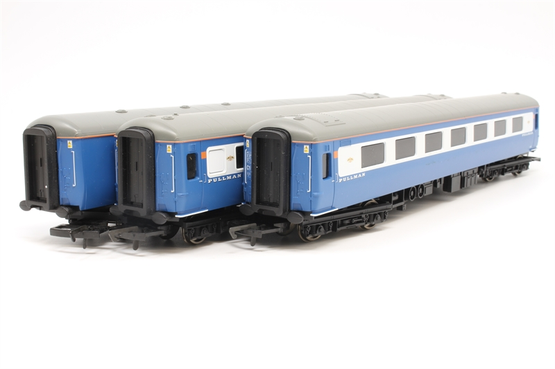 Hornby 2x R8099 couplings for Orient//Pullman coaches New Genuine Hornby