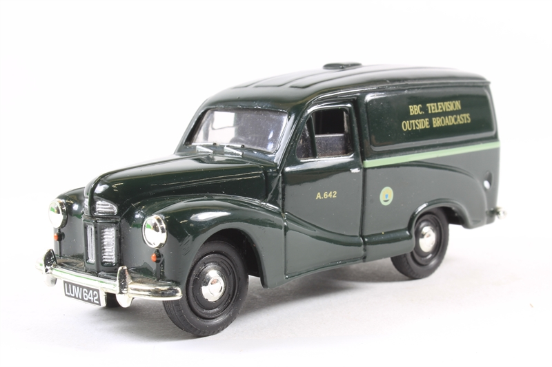 www.hattons.co.uk - Corgi Collectables VA03013-LN Austin A40 van in BBC  Outside Broadcast - Pre-owned - Like new