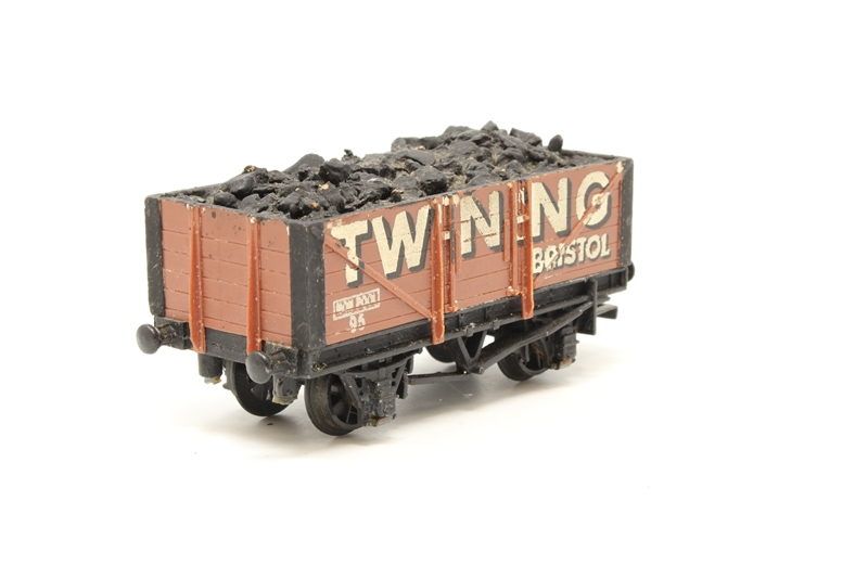"""www.hattons.co.uk - Wrenn W5075-PO 5 Plank Wagon """"Twining"""" - Pre-owned - Missing coupling at one end - Glue marks on body and under chassis - Detailed with real coal load - Replacement box"""