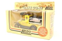Lledo DG08007-PO01 1920 Ford Model T tanker - 'Crow Carrying Company' - Pre-owned - Good box