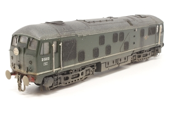 32-430-PO14 Class 24 D5013 in BR Plain Green - Pre-owned - DCC fitted - weathered - route discs added - two handrails visibly repaired, one missing - front buffer beam detailed - glue marks on roof -  good box