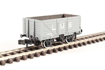 377-087 7 Plank Wagon End Door LMS Grey