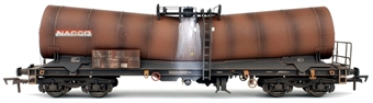 4F-027-022 ICA 'Silver Bullet' bogie tank wagon in NACCO livery - 37807898055-4 - weathered