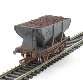 4F-033-012 24T Steel Ore Hopper BR B433419 - weathered