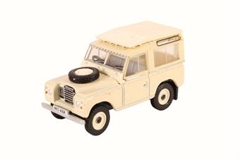 76LR3S001 Land Rover Series III Station Wagon Limestone