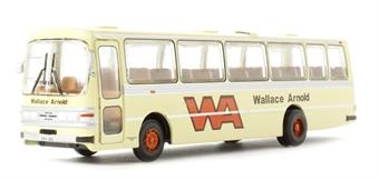 "B018bs Leyland Leopard Duple Dominant II ""Wallace Arnold"" in cream (circa 1977-1983)"