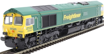 """H4-66-018 Class 66 66957 in Freightliner livery """"Stephenson Locomotive Society 1909 - 2009"""""""