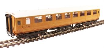 H7-TC186-002 Gresley Teak coach Diagram 186 Open Third 23956 in LNER Teak livery