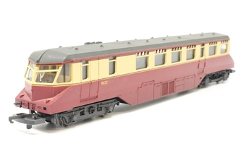 L205133-PO33 GWR Railcar W22 in BR crimson/cream - Pre-owned - Poor runner - Crack in roof - Missing buffers - Replacement box
