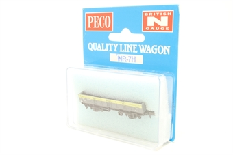 NR-7H-PO09 Ferry tube wagon - grey with yellow stripe. Pristine - Pre-owned - Very good box