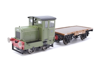 R3704-PO07 Ruston 48DS 269595 in pale green with match wagon - Pre-owned - Very good box