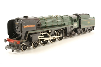 R552-PO25 Britannia Class 4-6-2 'Hereward The Wake' 70037 in BR green - Pre-owned - poor runner - renamed and renumbered - marked and scratched paintwork - Replacement box