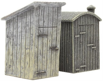 R9783 Lineside lamp huts - pack of two
